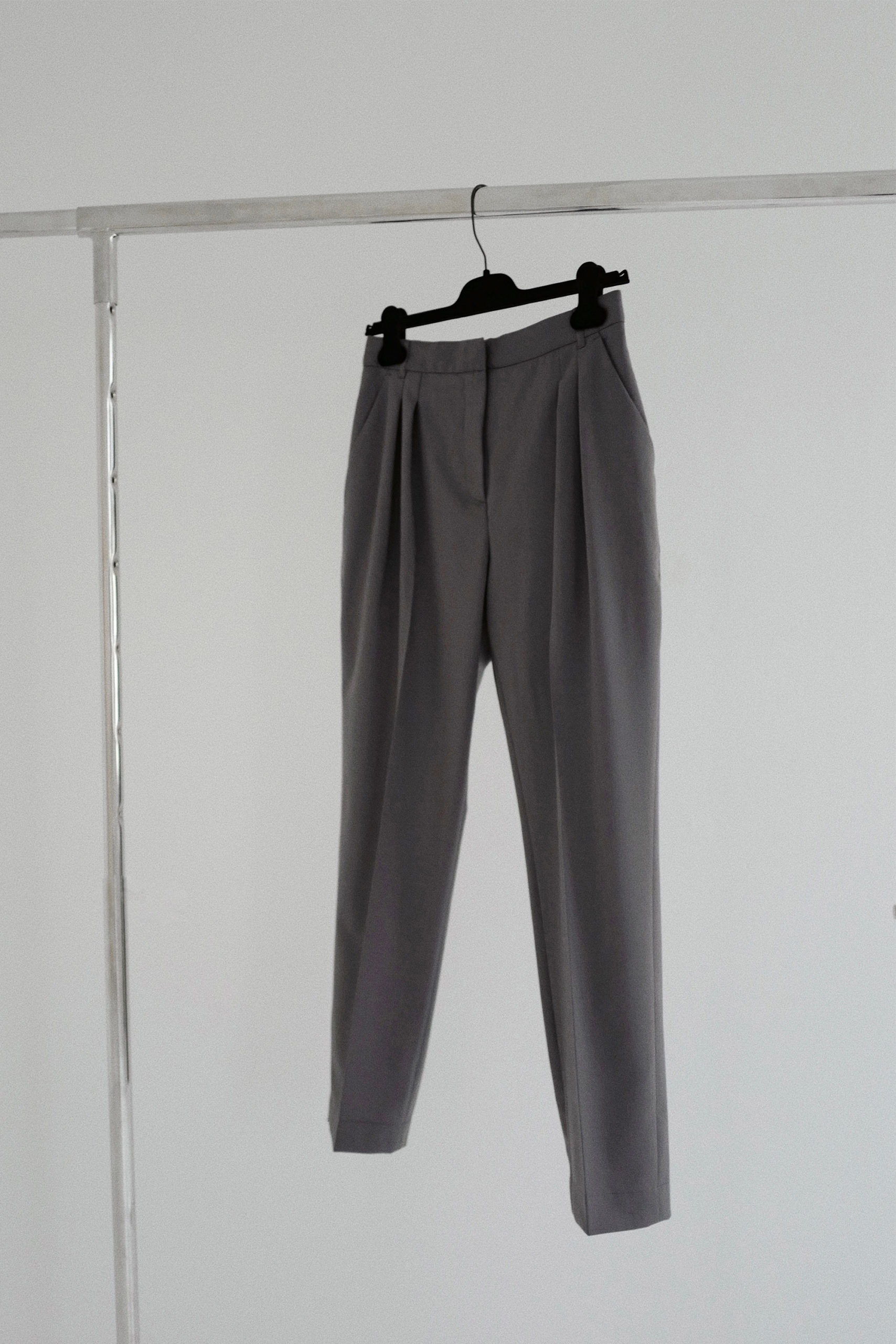Banker Tapered Pants